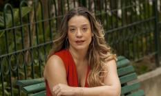 A atriz Helga Nemeczyk em sua casa no Rio Foto: Analice Paron / Agência O Globo