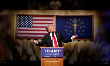 Trump discursa em Carmel, Indiana: mais uma vitória Foto: AARON P. BERNSTEIN / REUTERS