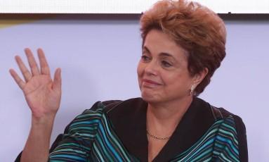 A Presidente Dilma Rousseff participa de Cerimônia de Lançamento do Plano Safra da Agricultura Familiar no Palácio do Planalto Foto: André Coelho / Agência O Globo