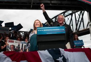 Sanders discursa no Kentucky em dia de boa vitória em Indiana Foto: John Sommers II / AFP