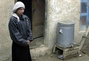 """A atriz afegã Marina Golbahari, aos 13 anos, no filme """"Osama"""" Foto: SHAH MARAI / AFP"""