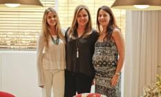Sempre juntas. Eliane Couto (ao centro) comanda a Cortinaria com as filhas Patrícia e Juliana Foto: Guilherme leporace / Agência O Globo