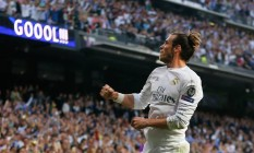 Gareth Bale comemora o gol que marcou no primeiro tempo, o da vitória so Real Madrid por 1 a 0 sobre o Manchester City na semifinal da Liga dos Campeões Foto: Francisco Seco / AP