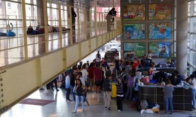 Ocupação do Centro Paula Souza: estudantes protestam contra esquemas de desvios de verba da merenda Foto: Edilson Dantas / Agência O Globo