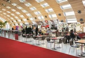 O Café Illy fica no Terminal 2E do Aeroporto Charles de Gaulle Foto: Eric Ancel/Divulgação