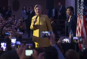 Obstáculos à frente. Hillary participa de conferência em Washington: derrota inesperada pode arranhar sua imagem Foto: STEPHEN CROWLEY/NYT