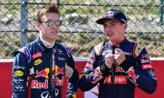 Verstappen substituirá Kvyat na RBR. O piloto russo voltará para a Toro Rosso Foto: ANDREJ ISAKOVIC / AFP