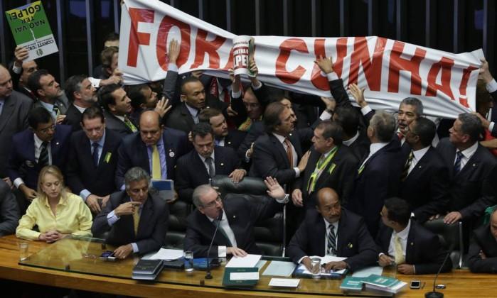 Maranhão demite secretário que acatou nova data de eleição