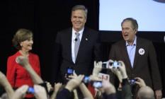 O ex-presidente dos EUA, George W. Bush (à direita), e seu irmão, então pré-candidato republicano à Casa Branca, Jeb Bush, em 16 de fevereiro de 2016 Foto: RANDALL HILL / REUTERS