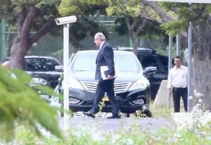 Eduardo Cunha após encontro com o vice-presidente Michel Temer no Palácio do Jaburu no dia 26 de abril Foto: André Coelho / Agência O Globo