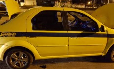 O carro apreendido com o falso taxista Foto: Divulgação