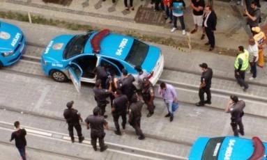 Três suspeitos foram presos Foto: Foto de leitor