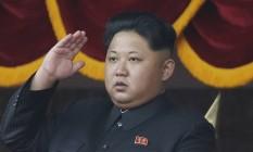 Ditador norte-coreano Kim Jong-Un participa de parada militar em Pyongyang, em outubro de 2015 Foto: Wong Maye-E / AP