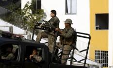 Bope faz operação no Morro da Providência depois de confrontos em que um PM foi morto Foto: Agência O Globo / Gabriel de Paiva