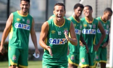 Nenê sorri no treino do Vasco. Camisa 10 é um dos principais jogadores do time no Campeonato Carioca Foto: Paulo Fernandes/Vasco.com.br