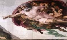 Deus representado na obra 'A criação de Adão', de Michelangelo, na Capela Sistina Foto: Reprodução / Arquivo
