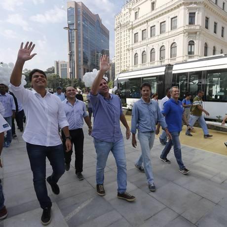 Declarações de Eduardo Paes foram feitas durante a inauguração de novo trecho do Boulevard da Orla Conde Foto: Domingos Peixoto / Agência O Globo