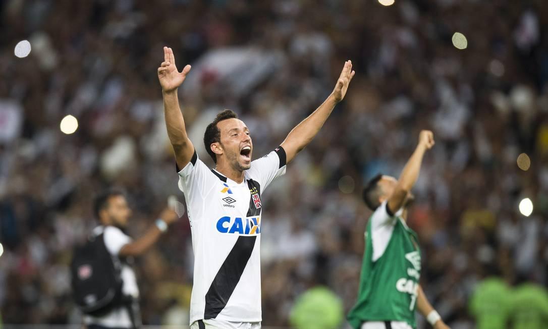 Nenê comemora o título carioca do Vasco Guito Moreto / Agência O Globo