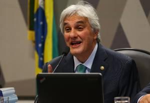 O senador Delcidio Amaral (sem partido-MS) na CCJ no Senado nesta segunda-feira Foto: Ailton Freitas / 9-5-2016