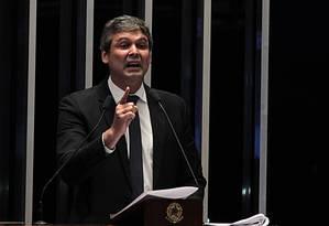Senador Lindberg Farias (PT-RJ) Foto: Jorge William / Agência O Globo