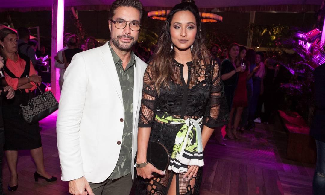 O beauty artist Fernando Torquatto foi acompanhado da atriz Thaíssa Carvalho Divulgação