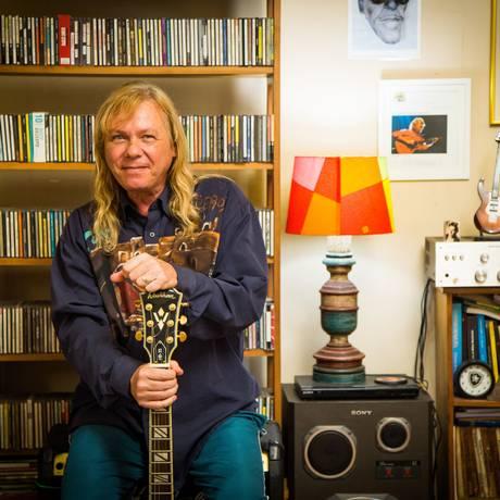 """""""Hermano carioca"""": Biglione está há 53 anos no país e tem no currículo trabalhos ao lado dos maiores nomes da música popular brasileira Foto: Bárbara Lopes"""