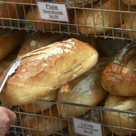 A dieta sem glúten deve ser seguida por celíacos e pessoas com alergia a trigo, sob orientação de um nutricionista Foto: REUTERS/TIM WIMBORNE