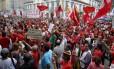 Manifestação pró-Dilma no Centro do Rio