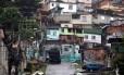 Um dos acessos ao Morro do Juramento, onde tiroteios já causaram quatro mortes 23/03/2014