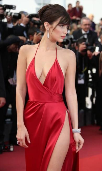 Bella Hadid: musa do momento e poderosa no red carpet Joel Ryan / AP