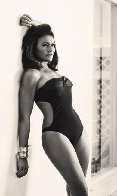 """Antes de Kim Kardashian, Dira Paes """"quebrou a internet"""" com o seu ensaio hipersensual em 2014, na época da minissérie """"Amores roubados"""". Até hoje, a reportagem com a atriz é uma das mais lidas da história do site Fabio Seixo / Agência O Globo"""