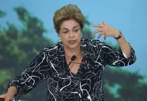 A presidente afastada, Dilma Rousseff Foto: André Coelho / Agência O Globo - 06/05/2016