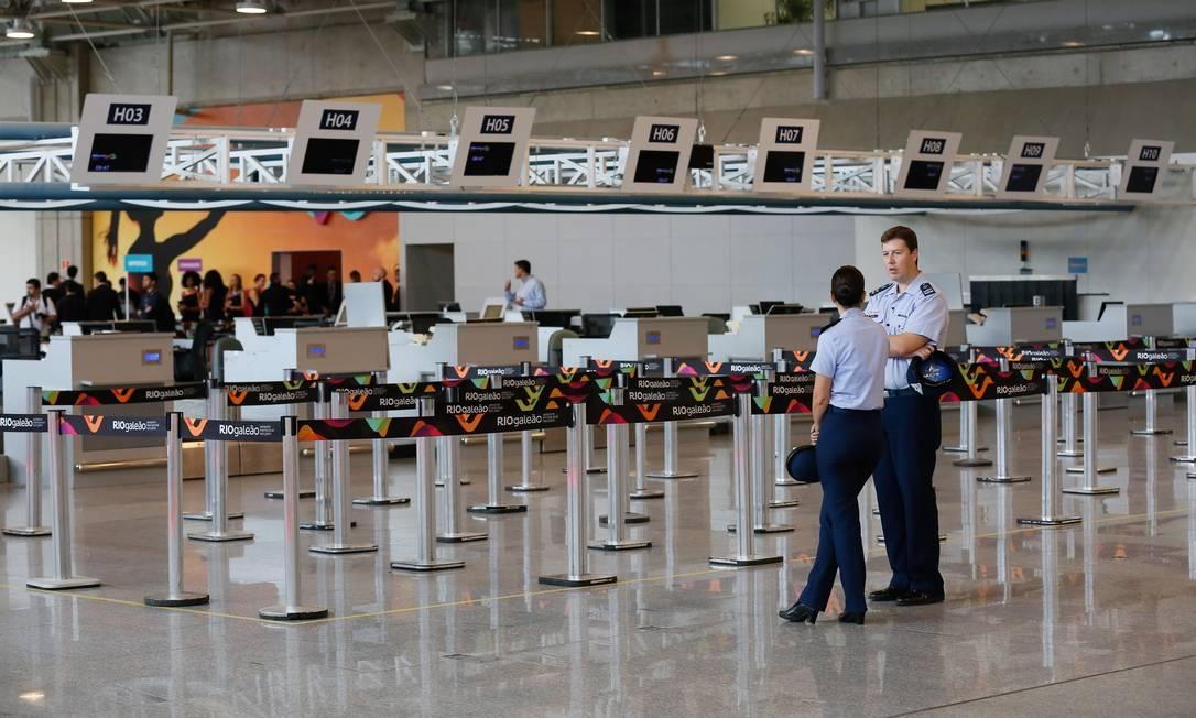 Toda a movimentação dos passageiros domésticos e internacionais, check-in e despacho de bagagens, estará concentrada no Terminal 2 até o final do ano. Pablo Jacob / Agência O Globo