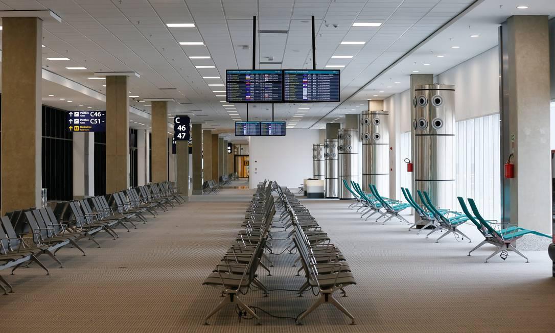 As primeiras empresas a se mudarem para a nova área foram a Condor e a Alitalia, que já atuam no terminal desde o final de março Pablo Jacob / Agência O Globo