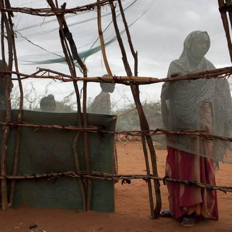 Refugiados da Somália no campo de Dadaab, no Quênia, em 2011 Foto: TYLER HICKS / NYT