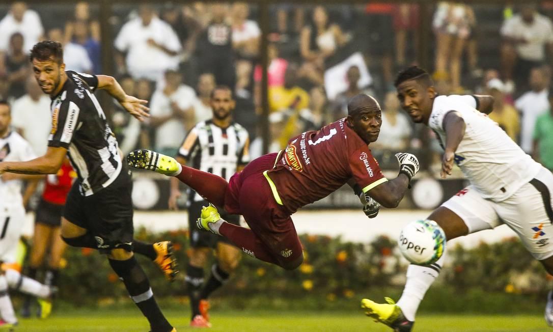 Com a vitória, o Vasco chegou a 29 jogos de invencibilidade Guilherme Leporace / Agência O Globo