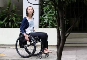 Camila Magalhães Lima, que foi atingida por uma bala perdida num assalto em Vila Isabel, em 1998: ela tinha apenas 12 anos Foto: Custódio Coimbra / Agência O Globo