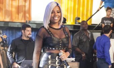 Cantora Ludmilla durante apresentação. Ela foi vítima de racismo na internet Foto: Pedro Curi/Rede Globo / Divulgação