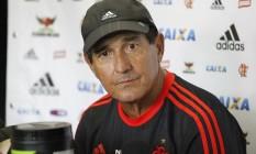 Muricy Ramalho, técnico do Flamengo: esposa bota pressão para que ele não volte a trabalhar após arritmia cardíaca Foto: Gilvan de Souza / Flamengo / divulgação