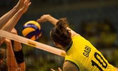Seleção brasileira feminina de vôlei terá a Rússia como adversária mais complicada na primeira fase do torneio olímpico na Rio-2016 Foto: Daniel Marenco / Agência O Globo