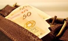 Relatório da Fibe aponta que 51% dos reajustes salarias ficaram abaixo da inflação em abril