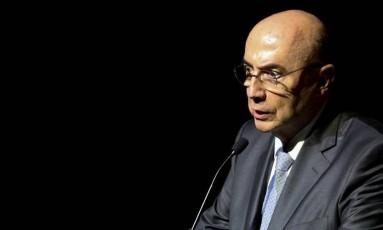 Mais medidas. Meirelles disse que vai haver pacote para setor produtivo Foto: O Globo / Pedro Kirillos