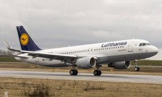 Voo de A320 da Lufthansa: um semelhante quase caiu na Espanha Foto: Reprodução