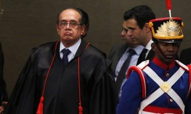 O ministro Gilmar Mendes é empossado com presidente do TSE 12/05/2016 Foto: Jorge William / O Globo