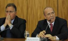 O ministro-chefe do governo, Geddel Vieira Lima, ao lado do ministro da Casa Civil, Eliseu Padilha Foto: Givaldo Barbosa