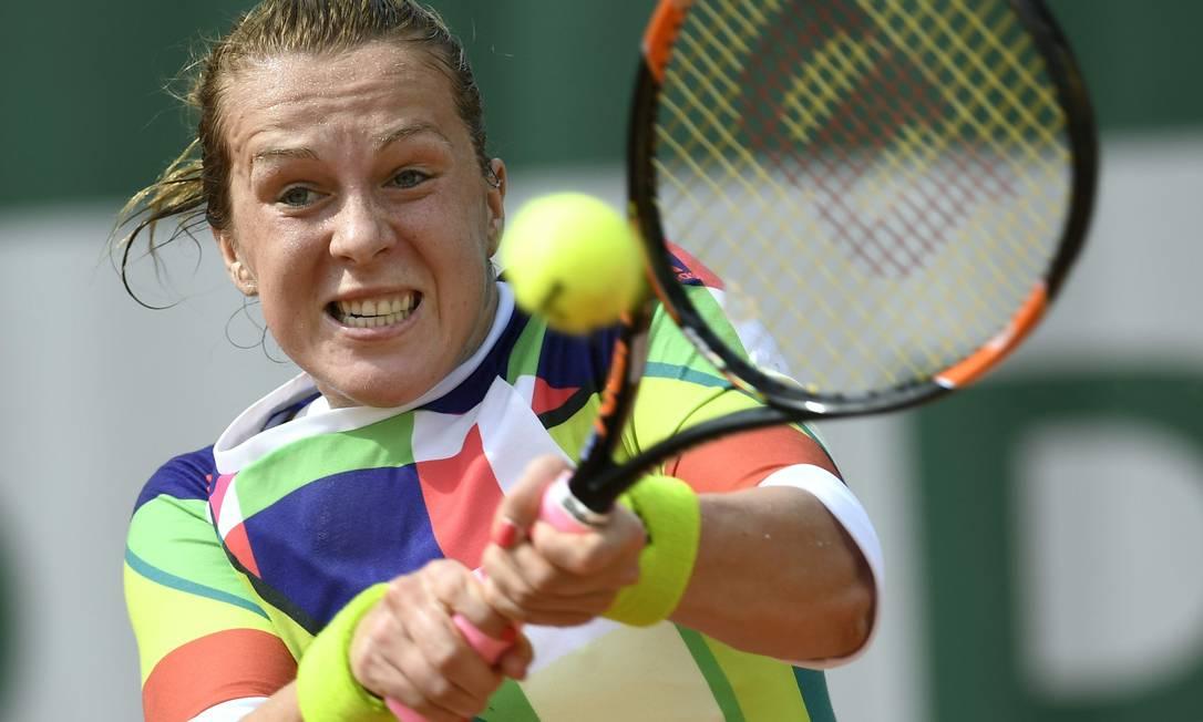 Anastasia Pavlyuchenkova levou a pior no duelo de russas pela terceira rodada: derrota para Svetlana Kuznetsova por 2 sets a 0 MIGUEL MEDINA / AFP