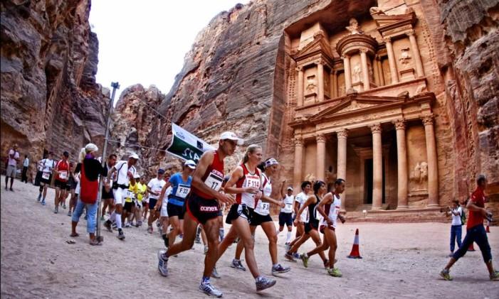 Maratona de Petra, na Jordânia Foto: Reprodução / Albatros Travel