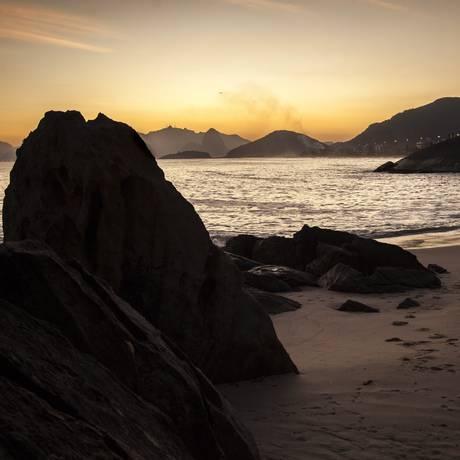 Praia do Sossego, na Região Oceânica: prefeitura estuda investir recursos do fundo em obras de requalificação Foto: Hermes de Paula / Agência O Globo