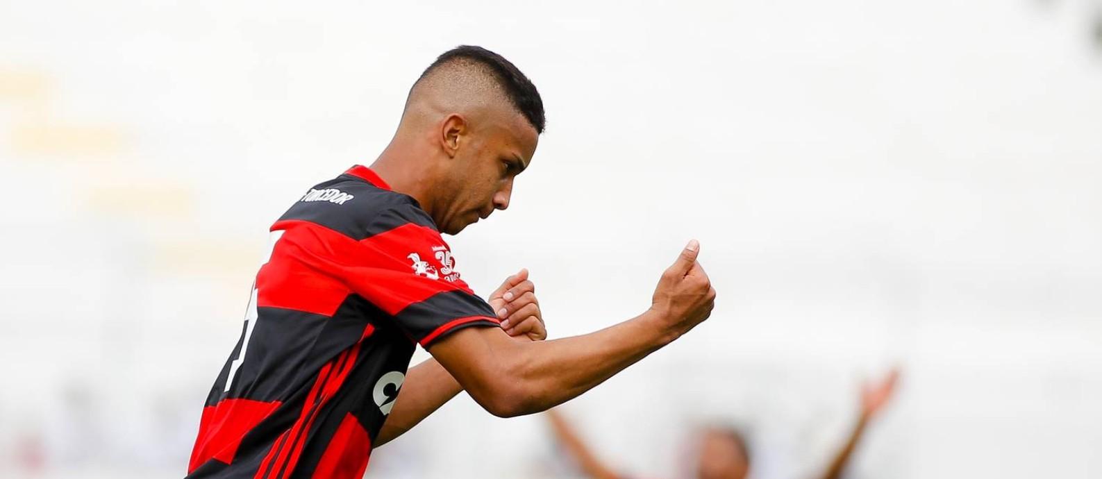 Jorge comemora um de seus gols pelo Flamengo Foto: Divulgação