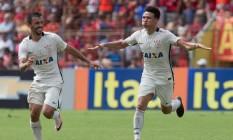 Marquinhos Gabriel abre os braços para comemorar o segundo gol do Corinthians Foto: Divulgação Corinthians